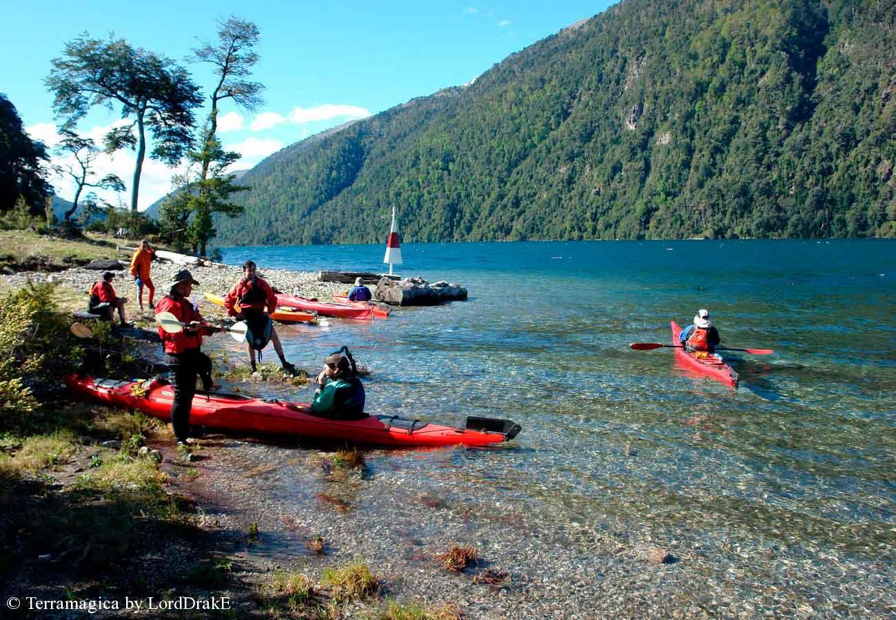 Circunnavegacion en Kayak al Lago Pirehueico sector faro