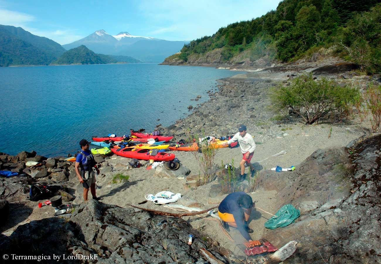 Travesia en Kayak al Lago Rinihue asado