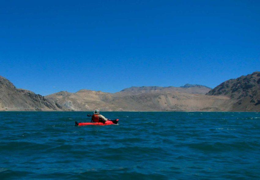 Travesia en Kayak al Embalse el Yeso remando tranquilamente