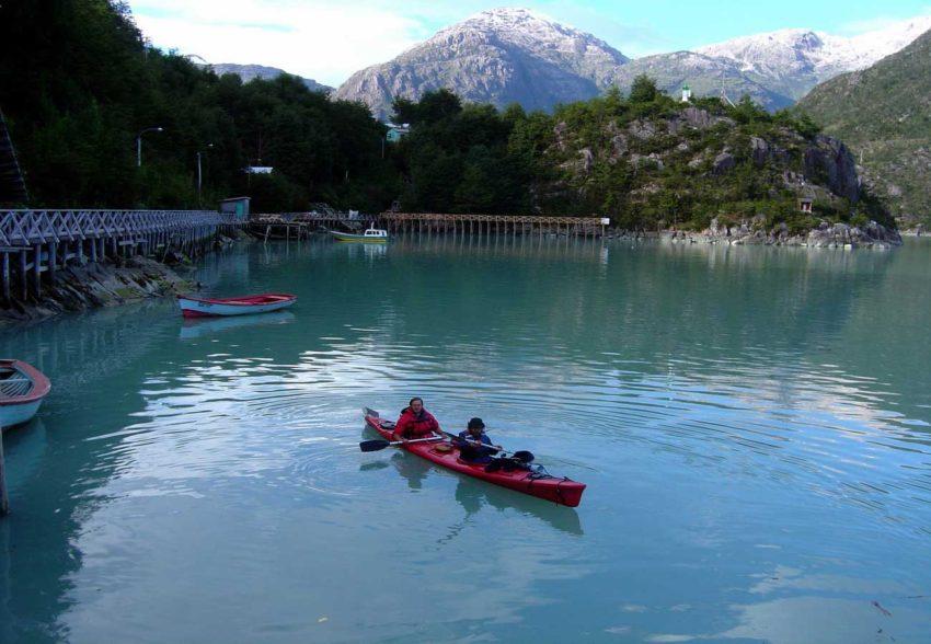 Expedicion en Kayak al Glaciar Steffen finalizando la expedicion en Tortel
