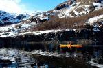 Circunnavegacion en kayak a la Laguna del Laja la belleza de la laguna